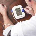 Does hydroxyzine lower blood pressure